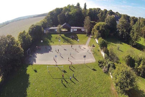 Terrains de sports pour le collège et l'internat